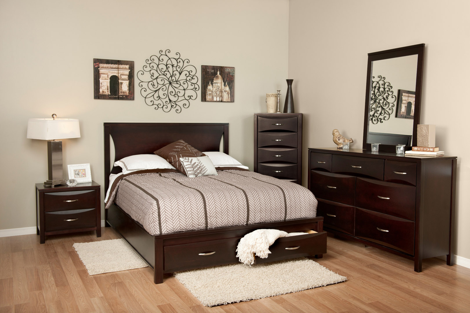 Bedrooms charlton furniture Bedroom furniture for college students