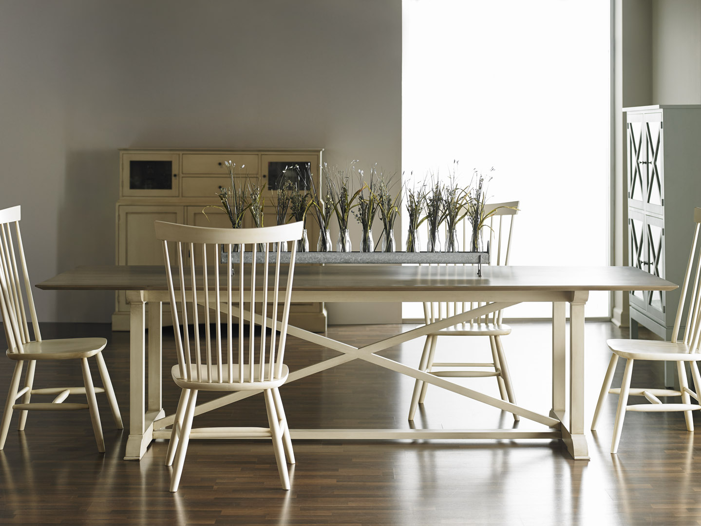 ... Gat Creek Milton Table And High Back Chairs